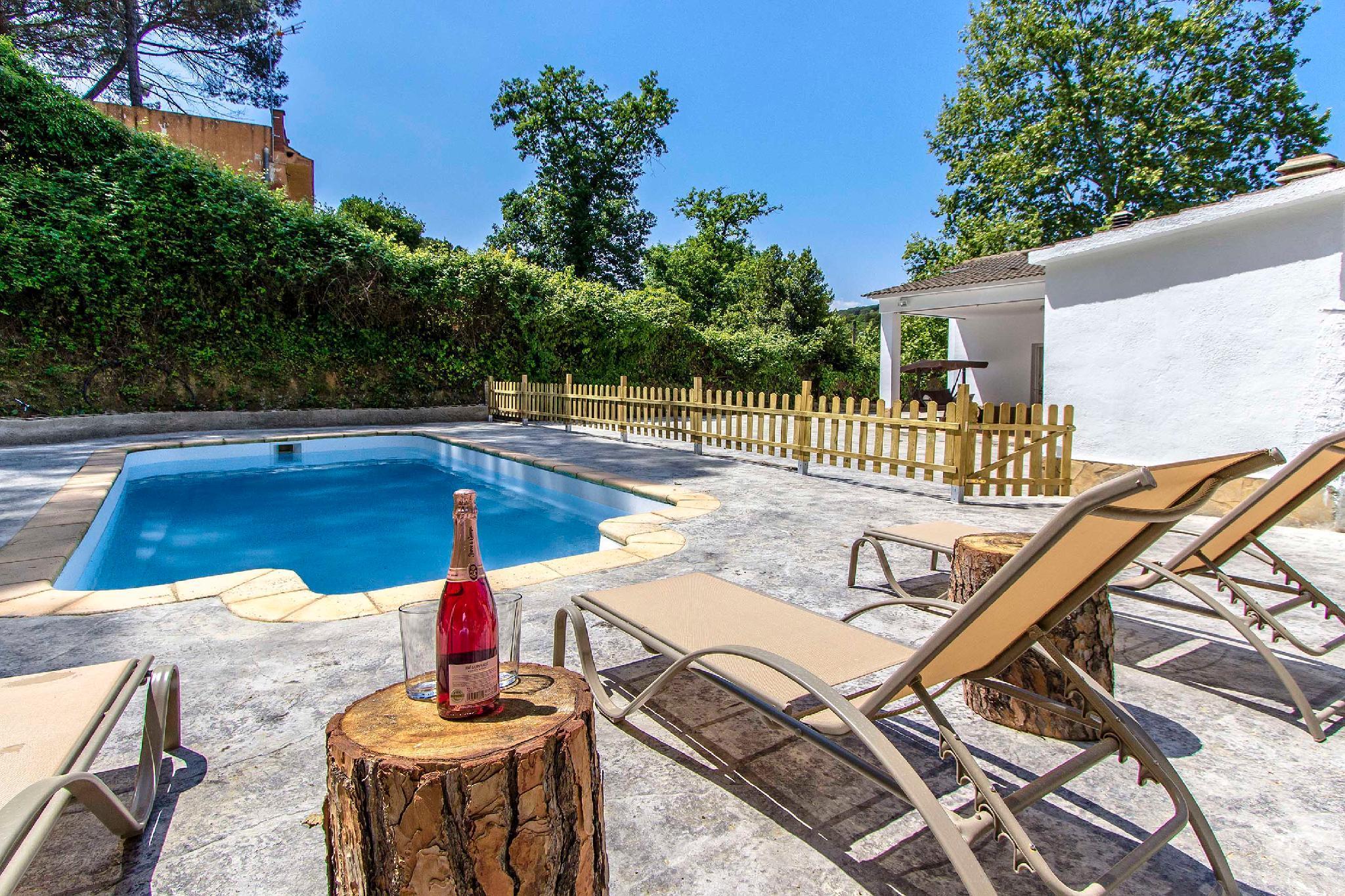 107570   Villa In Massanet De La Selva