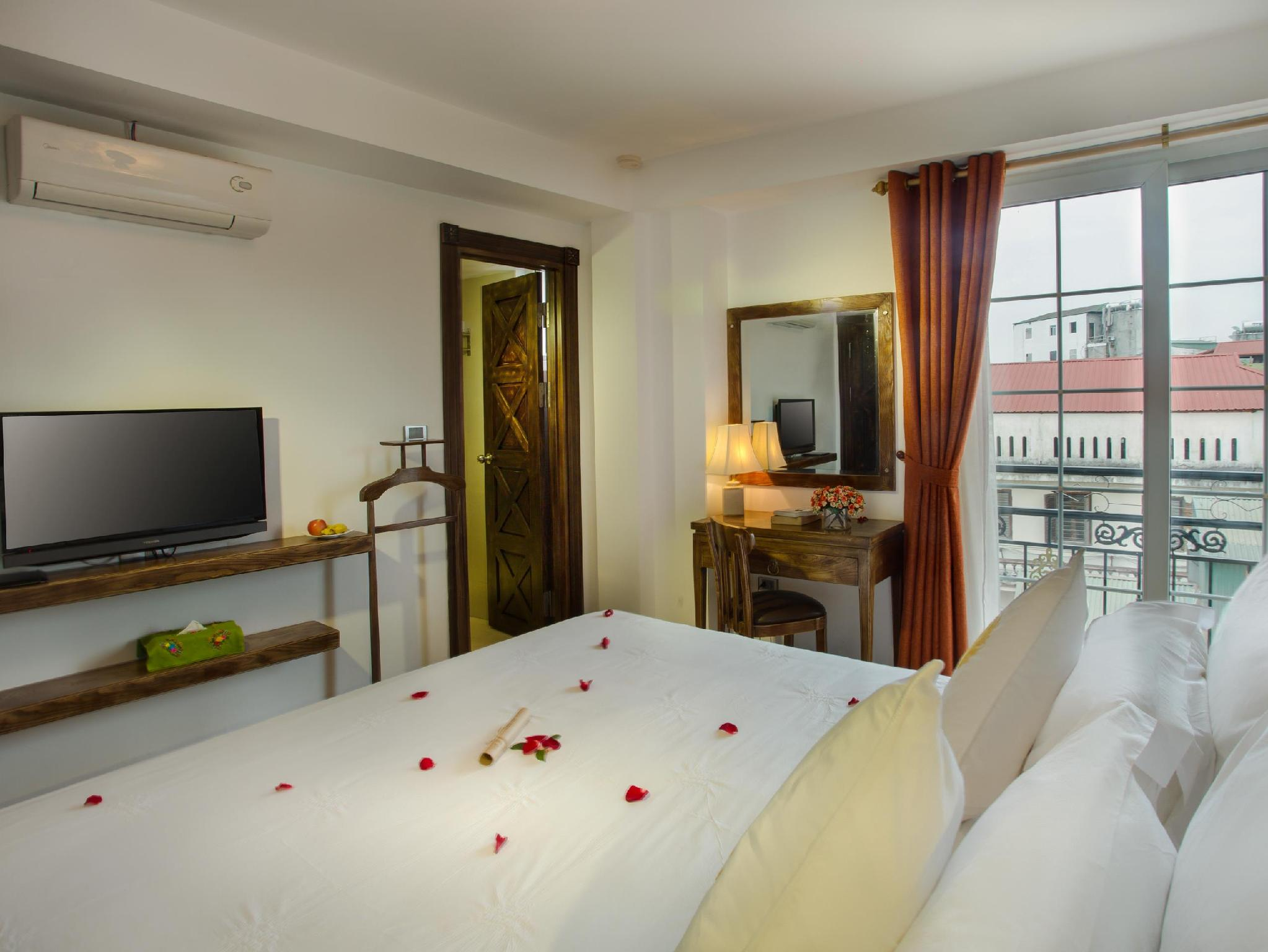 Noble And Swan Boutique Hotel
