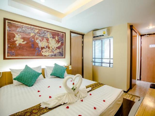 โรงแรมป่าตอง แลนด์มาร์ค – Patong Landmark Hotel