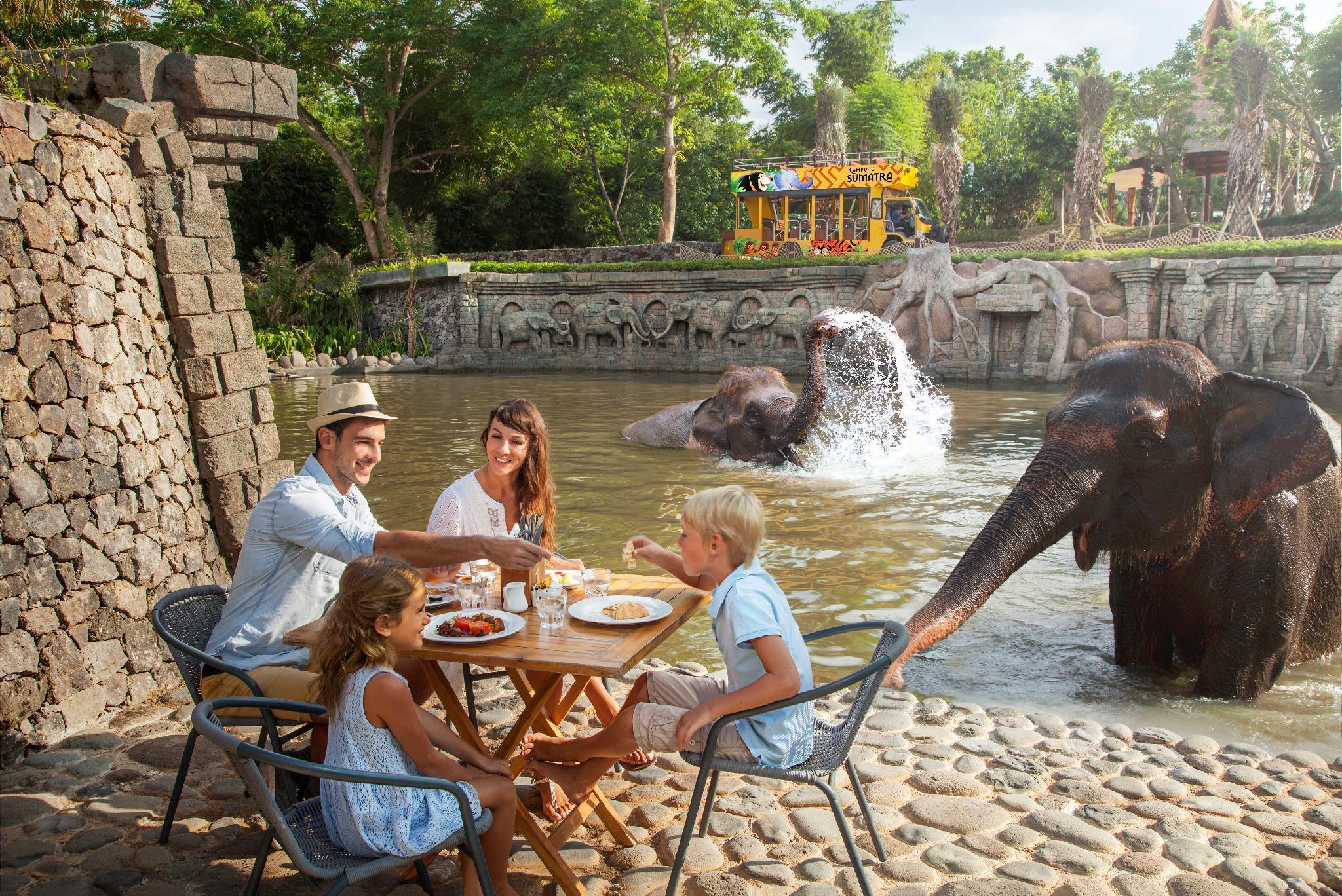 The Sanctoo Villa At Bali Zoo