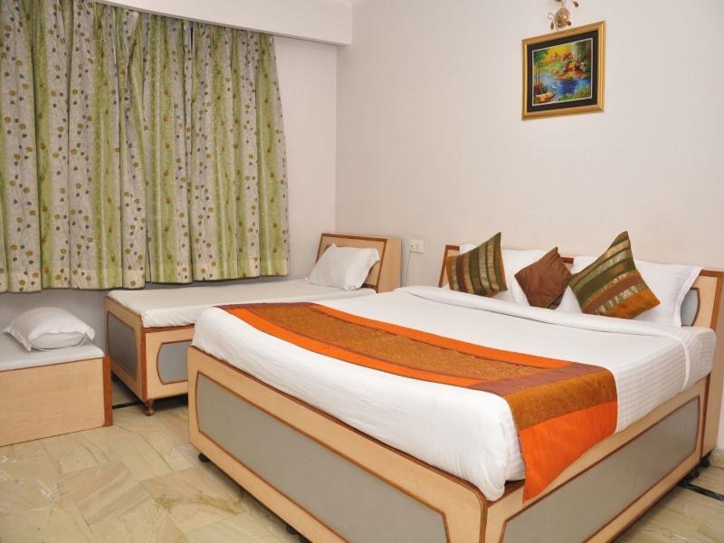 Discount Hotel Mercury Inn by Sonachi