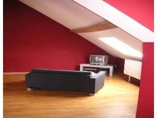 Rentbynight Aparthotel 4