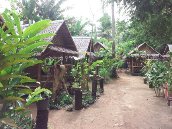Jackie Bamboo House Koh Lanta