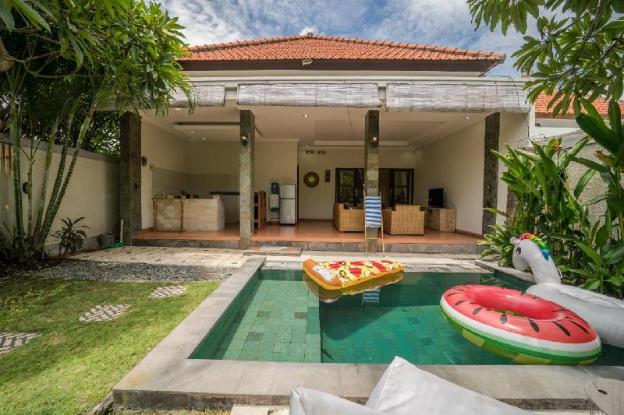 Cozy Villa at Canggu 2 bedroom & Private Pool