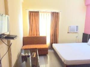 Gud Stay Hotel