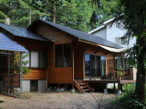白马羚羊小屋 (Kamoshika cottage Hakuba)