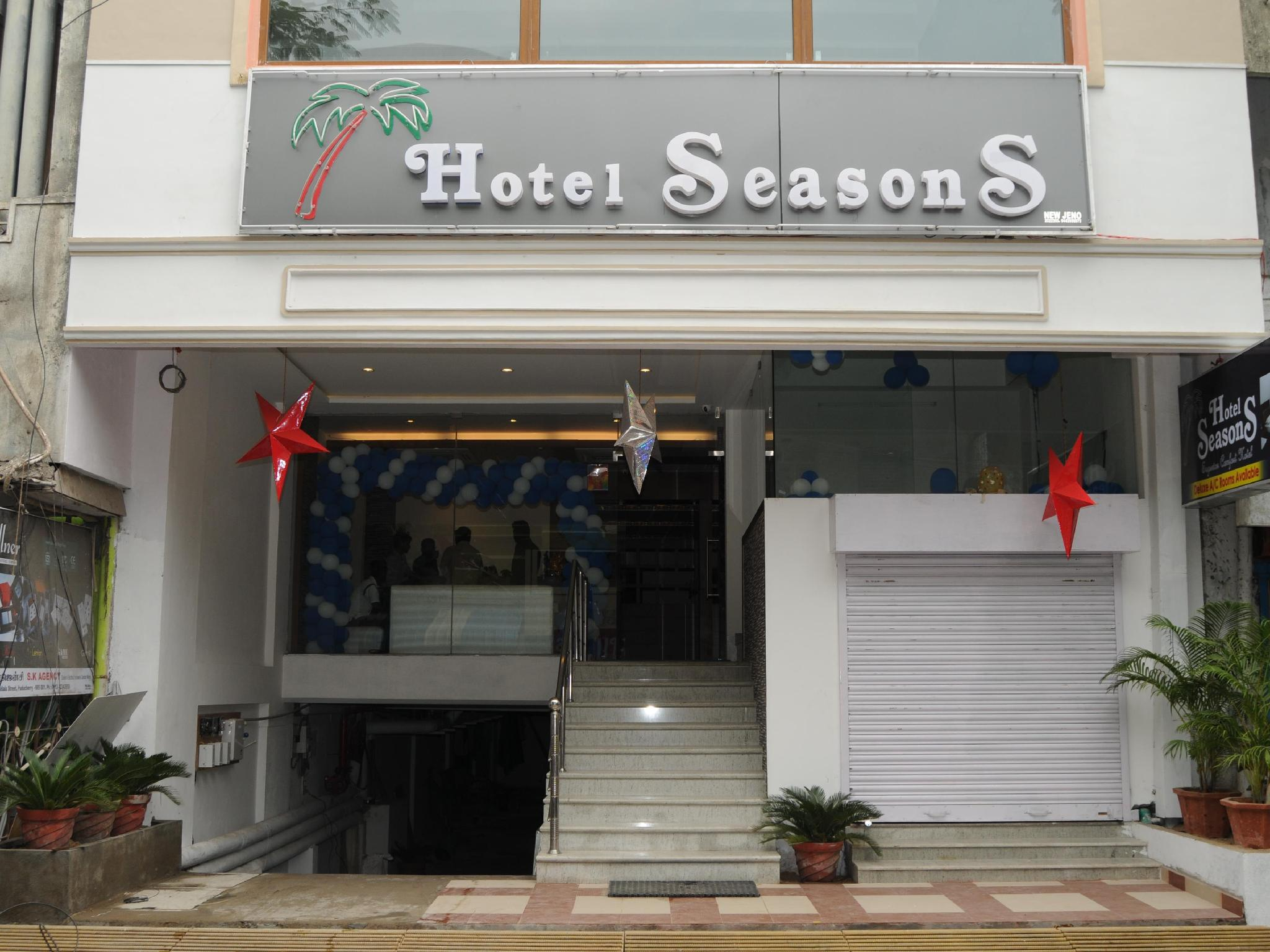 About Hotel Seasons