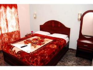 Vista Rooms @ Green Park