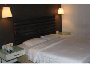 Vista Rooms near Nampally Station 1