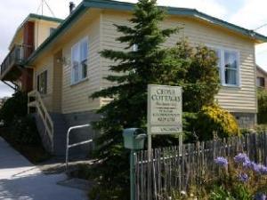 Cedar Cottages Blackmans Bay - Garnett