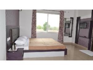 Vista Rooms @ Lakhawali