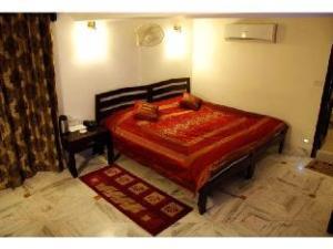 Vista Rooms @ Ratanada