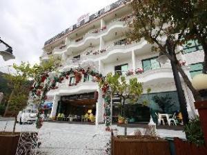 Geoje Mongdoll Hotel & Sulbing