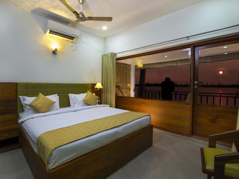 Reviews Kadavil Lakeshore Resort