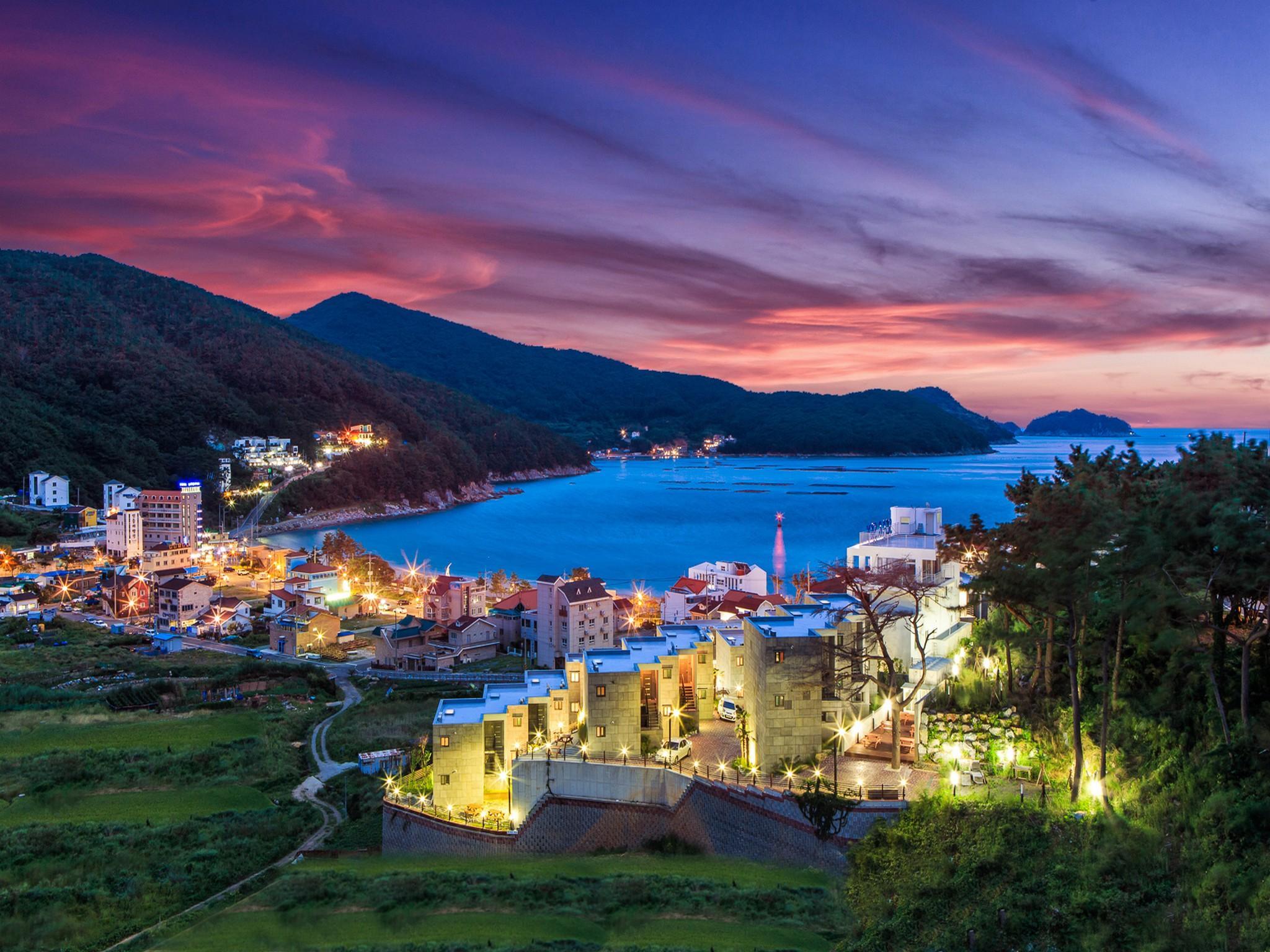 Sea And Sky Resort Pension