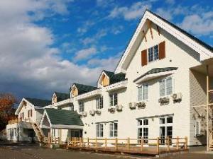 Lake Saroma Hotel Lake Palace