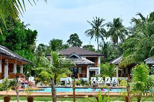 picture 1 of White Villas Resort
