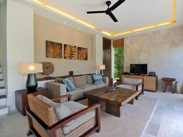Villa Sayang Estate