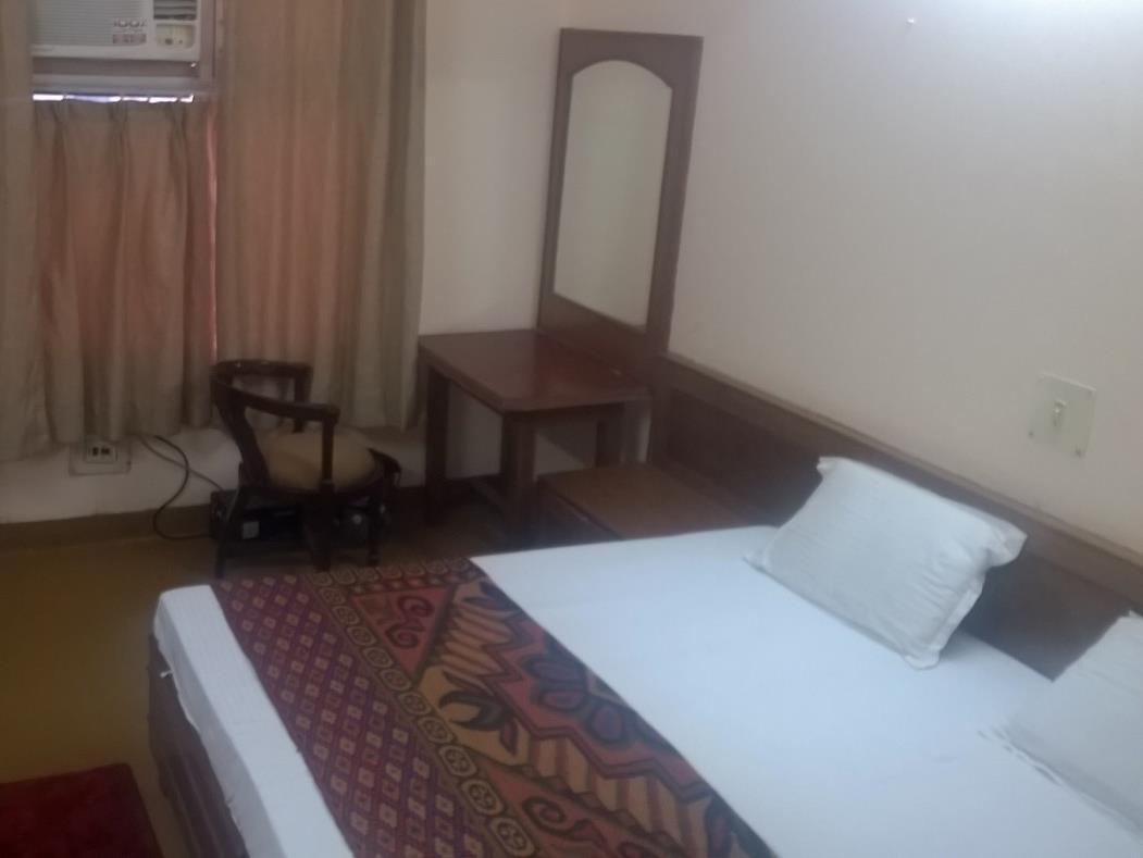 OYO 9301 Hotel RedBury
