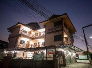 Suriyamanee House