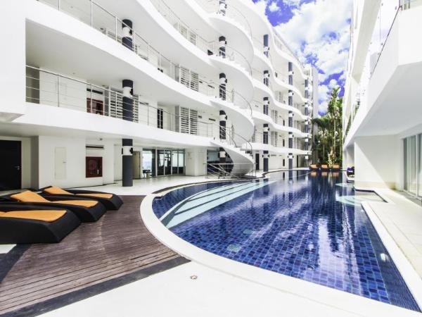 Sunset Plaza Phuket