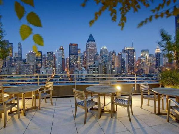 NY Away - Hells Kitchen - Times Square 2-Bedroom New York