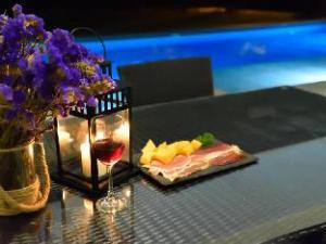 Tulip House Luxury Private Huahin Pool Villa