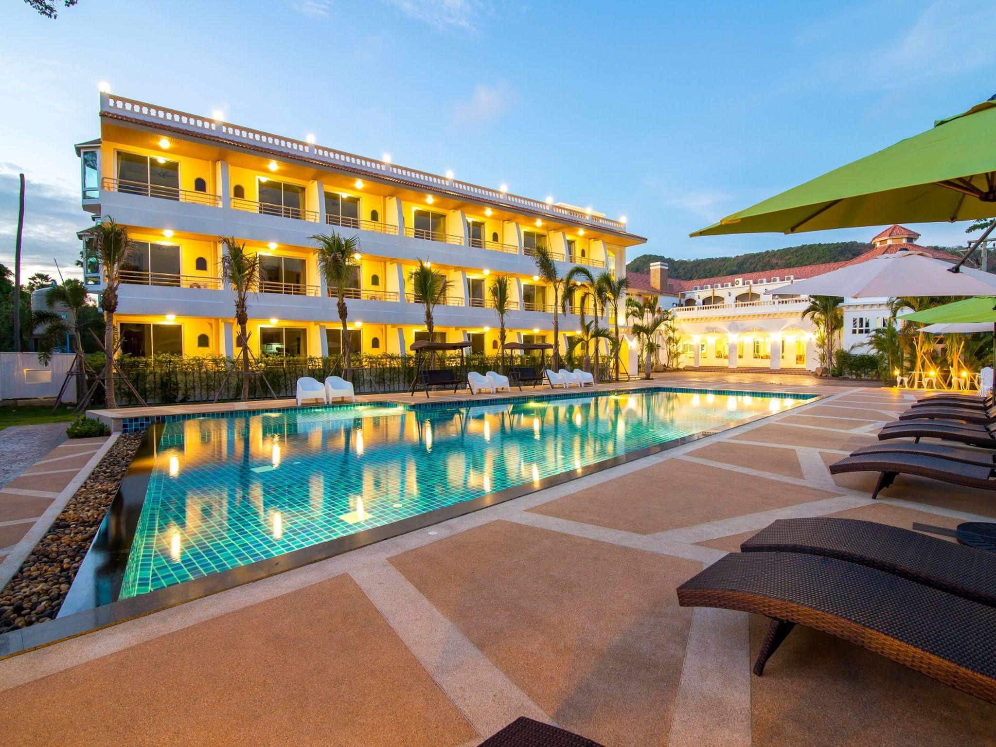 Villa Blanca Hotel And Restaurant
