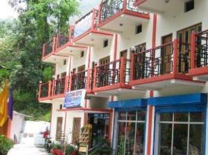Hotel The Kedar Devs