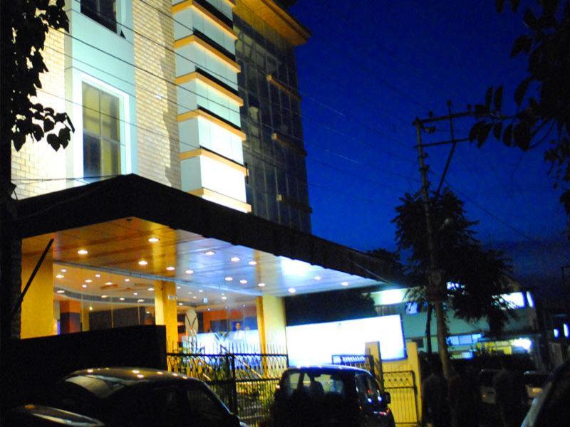 Hotel Valley Plaza