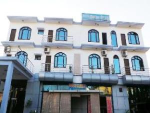 Doon Star Hotel