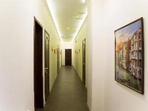City Life Hotel