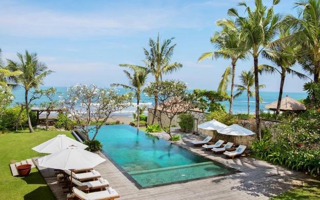 Villa Waringin Luxe Beachfront Villa Infinity Pool