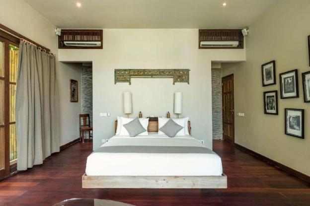 Villa Melissa Luxe Beachfront Oasis Infinity Pool