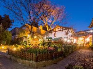 Lijiang Lotto Beautiful Boutique Hostel