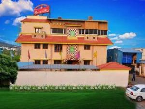 Hotel Vaani Villa