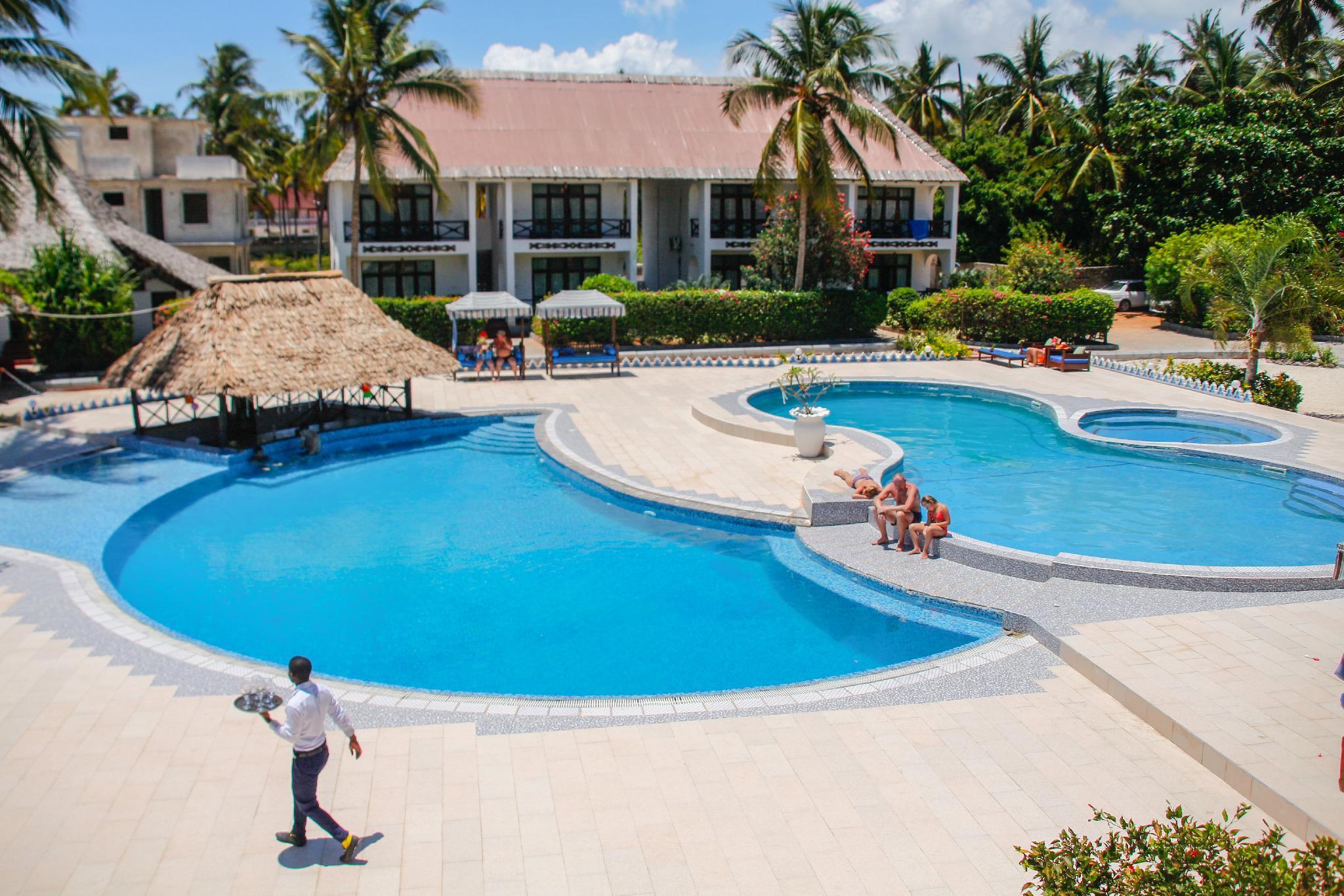African Sun Sand Sea Beach Resort And Spa