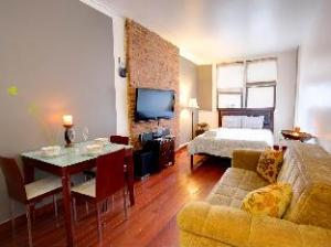 (Times Square 1BR 2)