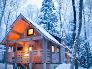 森のロッジ シャレー (Morino Lodge Chalets)