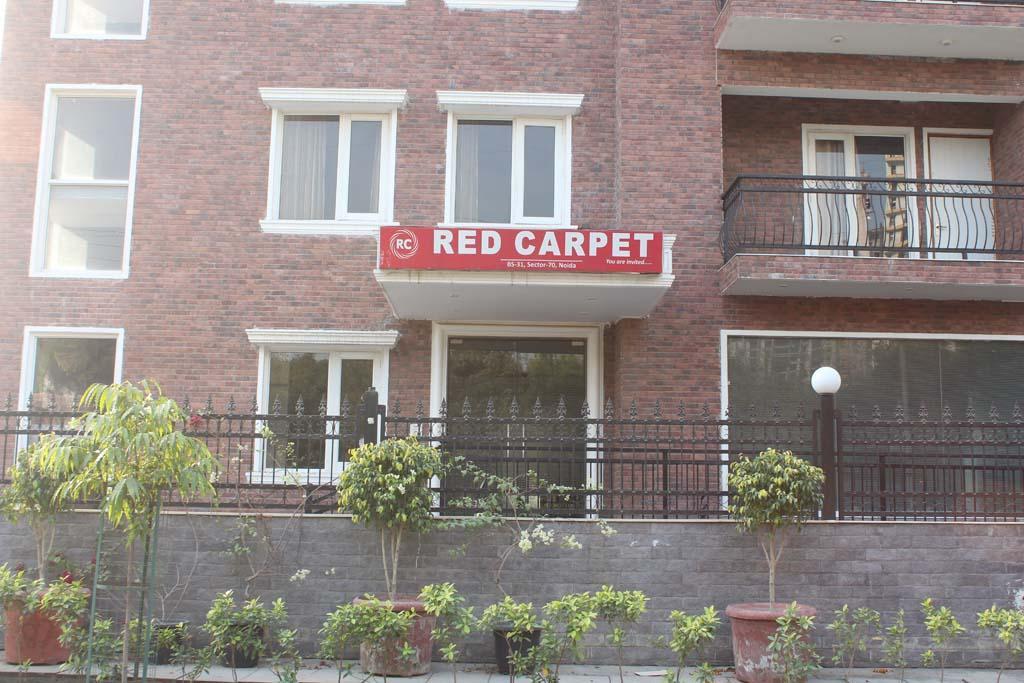 Red Carpet Hotel