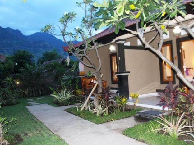 Pande Guest House