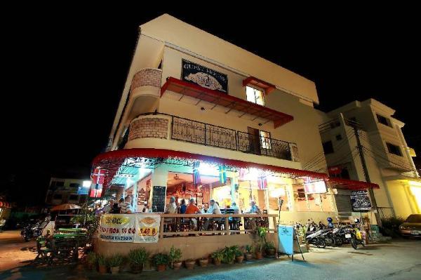 2 Vikings Restaurant & Guesthouse Phuket