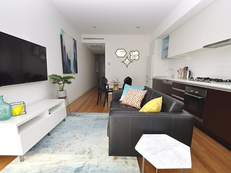 Neutral Bay Fully Self Contained Modern 1 Bed Apartment  4YOU