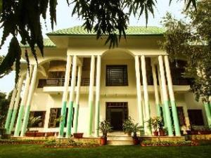 Anara Homes ( Sainik Farms)