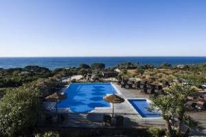 สวีท อัลบา รีสอร์ท แอนด์สปา (Suites Alba Resort & Spa)