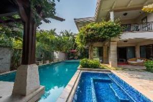 Youzhu Sanya Ocean-view Holiday Villa