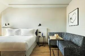 图腾酒店 (Hotel Totem)