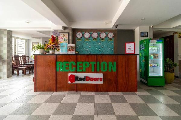 RedDoorz Plus near Vincom Go Vap 3 Ho Chi Minh City