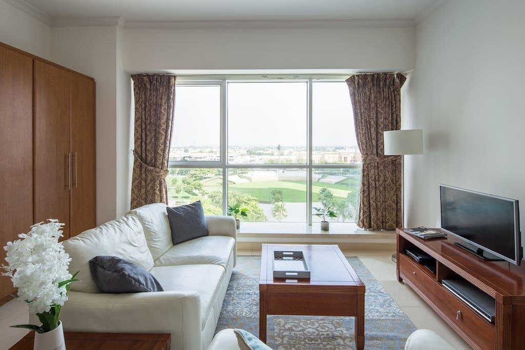 Spacious And Comfy Studio In Heart Of JLT