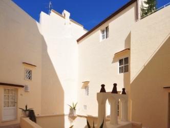 Relais Corte Palmieri And Il Chiostro   Residenza D'epoca
